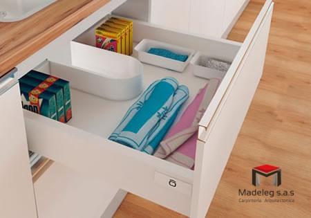 gabinete2_madeleg_sas